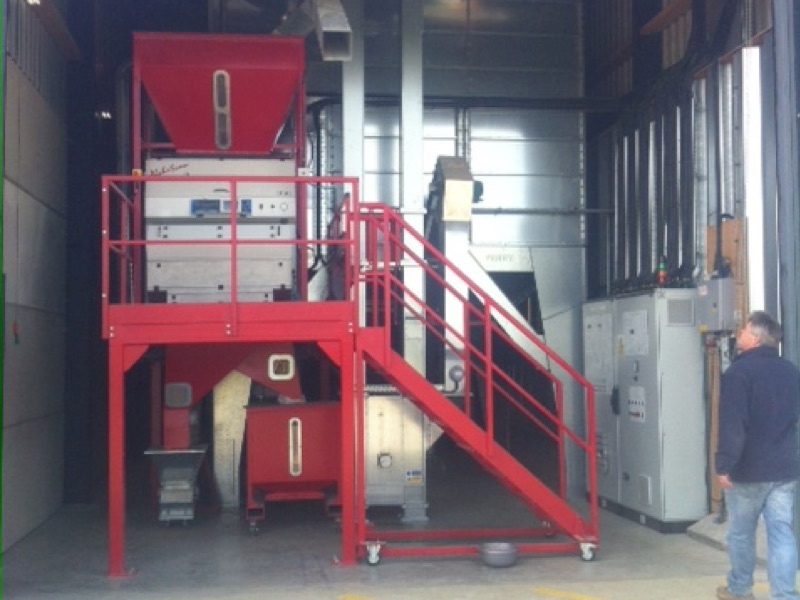 Grain plant platforms and steps